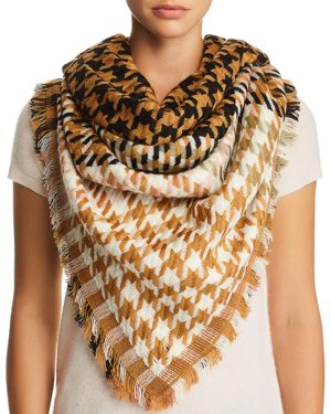 JANE CARR Houndstooth Scarf in Caramel