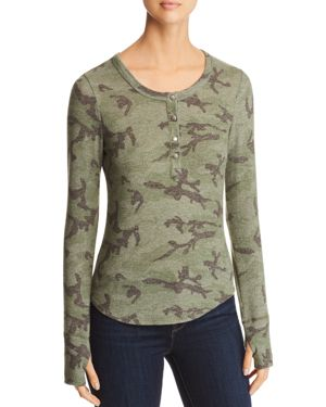 RED HAUTE Camo Print Henley Top in Army