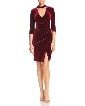 2d2f2d6bdf0f5d BCBGMAXAZRIA - BCBGMAXAZRIA Choker-Neck Velvet Dress ...