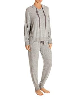 98142d3e4ce8 Midnight Bakery Women's Sleepwear: Luxury Sleepwear, Robes & More ...