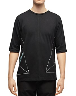 Dyne - Side-Triangle Graphic Tee