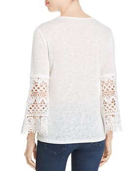 Sioni - Lace-Sleeve V-Neck Top