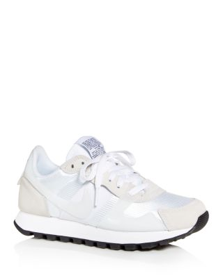 V-Love O.X. Low-Top Sneakers