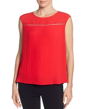T Tahari - Sleeveless Pleated Top