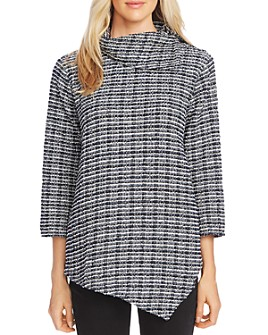 VINCE CAMUTO - Asymmetric Plaid Knit Top
