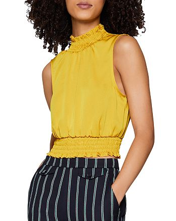 BCBGENERATION - Smocked Cropped Top