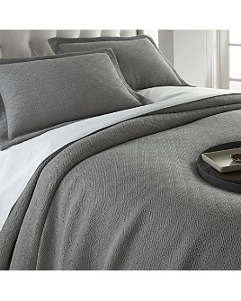Peacock Alley - Paulo Bedding Collection