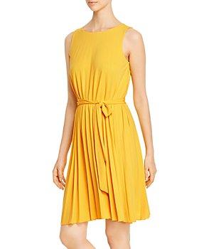 T Tahari - Sleeveless Pleated Dress