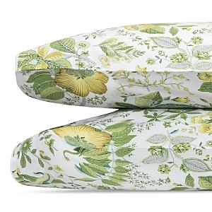 Matouk Schumacher Pomegranate Standard Pillowcase, Pair