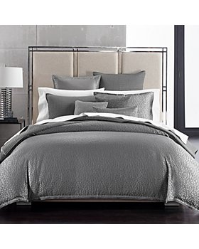Hudson Park Collection - Crespare Bedding Collection
