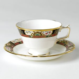 Royal Crown Derby Chelsea Garden Tea Saucer