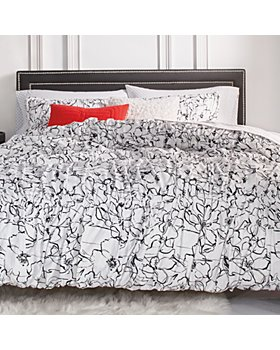 KARL LAGERFELD PARIS - Poppies Comforter Sets