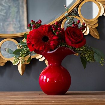 VIETRI - Hibiscus Glass Red Small Fluted Vase
