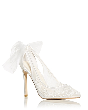 Women's Edna Lace Pointed Toe Pumps