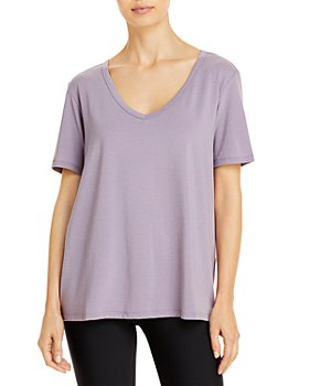 Alo Yoga - Motion Short Sleeve V-Neck Tee