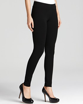 HUE - Wide Waistband Ultra Leggings