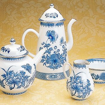 """Mottahedeh - """"Imperial Blue"""" Teapot"""