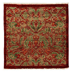 Suzani Collection Oriental Rug, 4'1 x 4'2