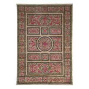 Adina Collection Oriental Rug, 5' x 7'2