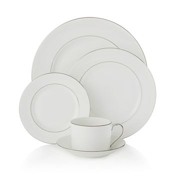 """Vera Wang - for Wedgwood """"Blanc Sur Blanc"""" 5 Piece Place Setting"""