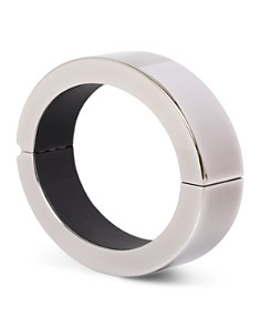 Q Designs - QBracelet with iPhone Charger