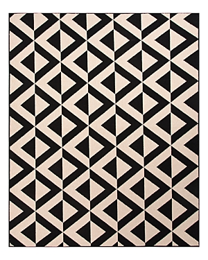 Artfully designed to withstand the elements, Jaipur\\\'s rug brings graphic boldness to your outdoor space.