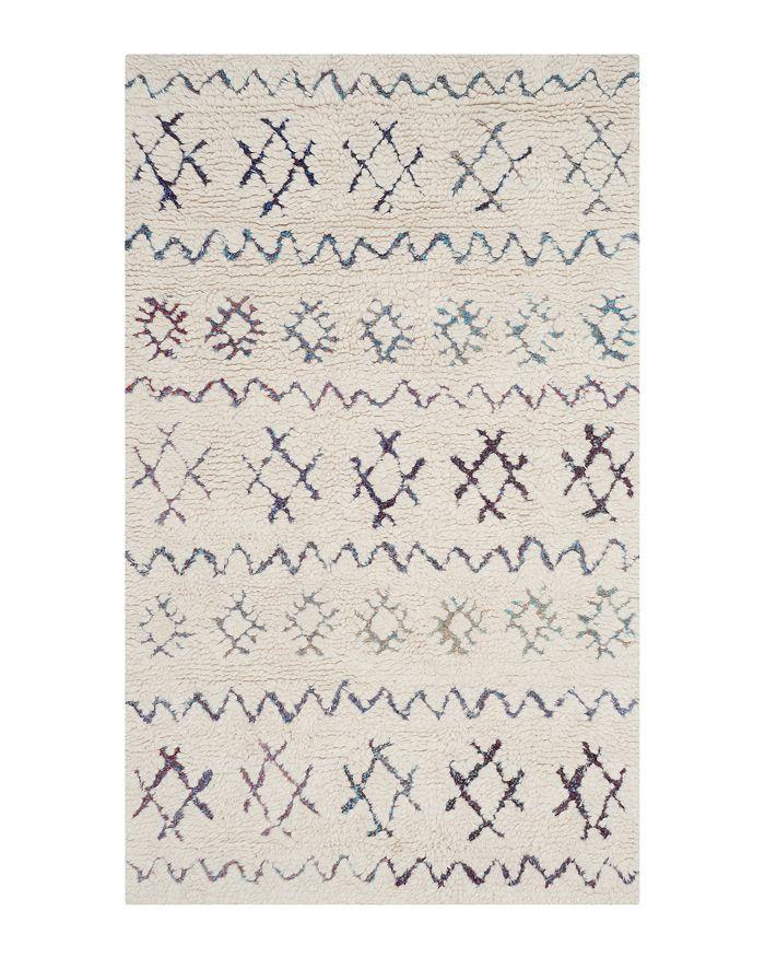 SAFAVIEH - Casablanca Collection Area Rug, 3' x 5'