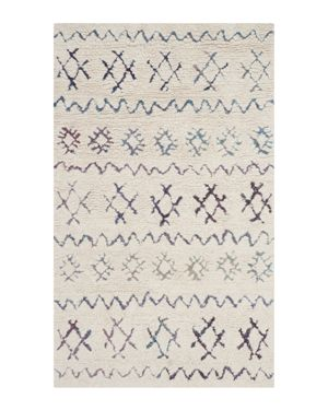 Safavieh Casablanca Collection Area Rug, 3' x 5'