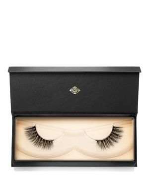 LASH STAR BEAUTY Visionary Lashes 001 in Black