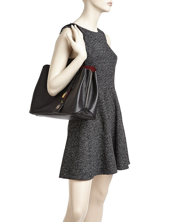 66ac77975df9 MARC JACOBS - The Editor Leather Tote