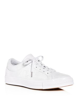 CHUCK TAYLOR ALL STAR ONE STAR LOW-TOP SNEAKER