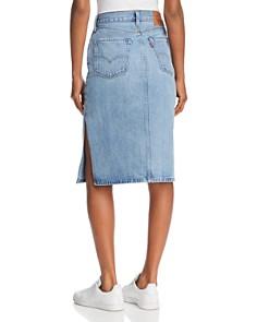 Levi's - Slit Denim Skirt in Blue Waves