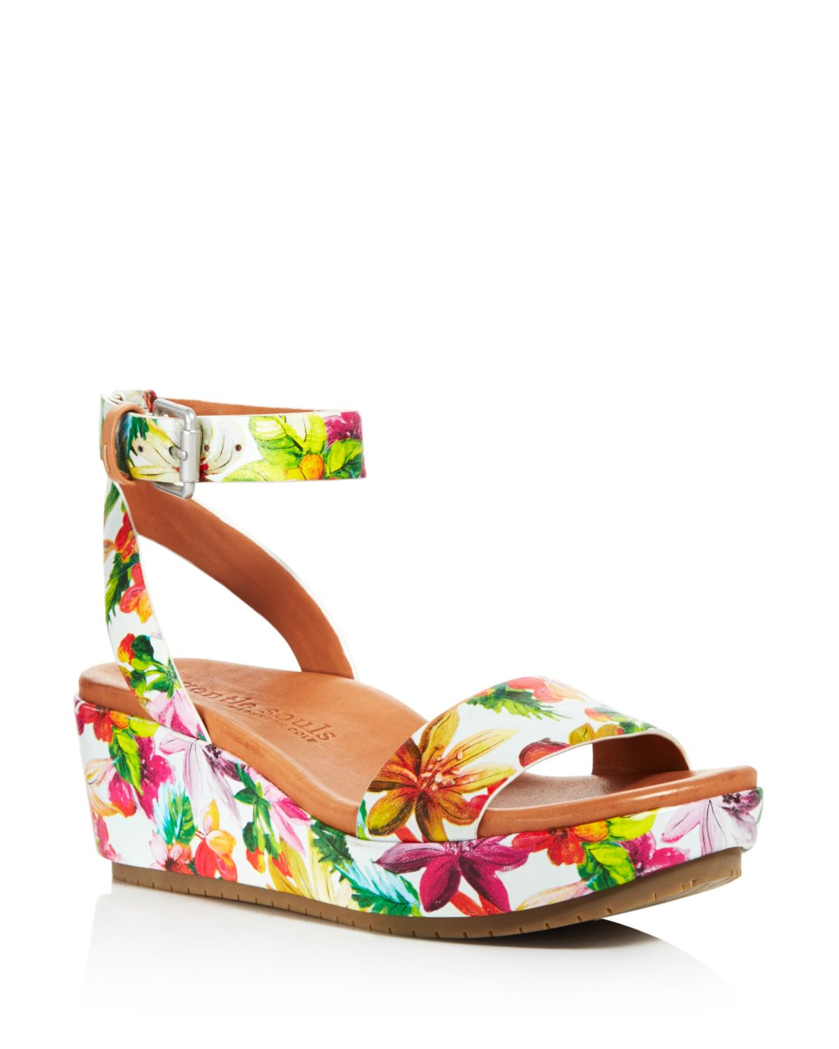 Kenneth Cole Gentle Souls Women's Morrie Printed Leather Platform Wedge Sandals