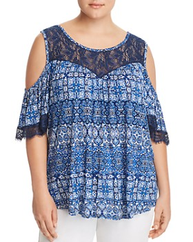 Cupio Plus - Lace-Trimmed Cold-Shoulder Top