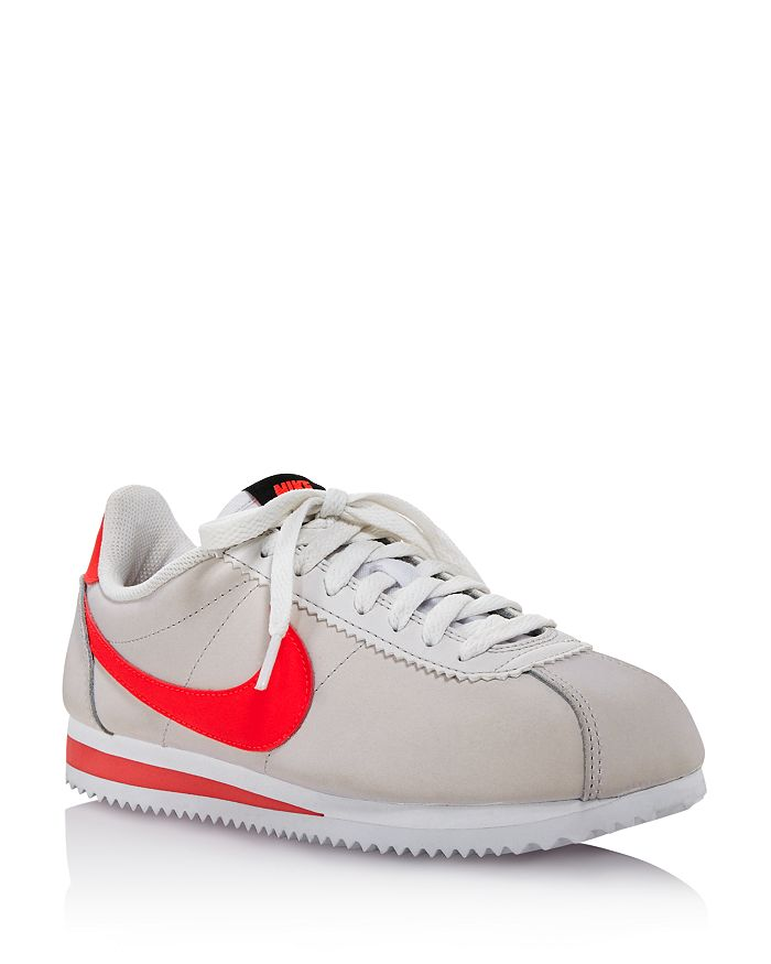 pretty nice fc42a 4c5cd Women's Classic Cortez Leather Lace Up Sneakers