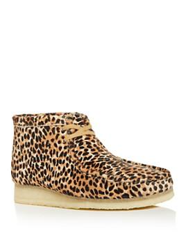 Clarks - Men's Wallabee Leopard-Print Calf Hair Chukka Boots