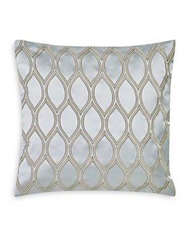 """Charisma - Tristano Embroidered Ogee Decorative Pillow, 17"""" x 17"""""""