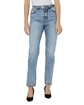 Vero Moda - Joana Belted Tapered Jeans in Light Blue
