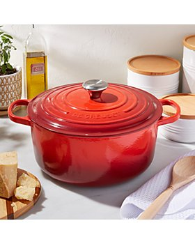 Le Creuset - 7.25-Quart Signature Round Dutch Oven