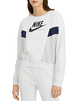 Nike - Sportswear Heritage Crewneck Sweatshirt