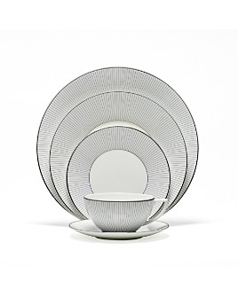 "Wedgwood - ""Blue Pinstripe"" 5 Piece Place Setting"