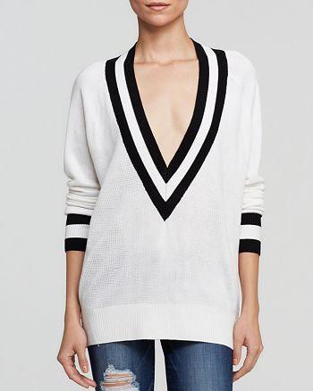 Uniq - Deep V Sweater