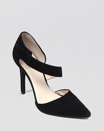 VINCE CAMUTO - Pointed Toe Evening Pumps - Carlotte High-Heel