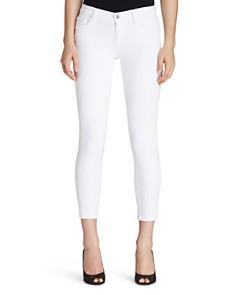 J Brand - Mid Rise Capri Jeans in Blanc