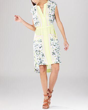 BCBGMAXAZRIA - Elizabet Sleeveless Shift Dress