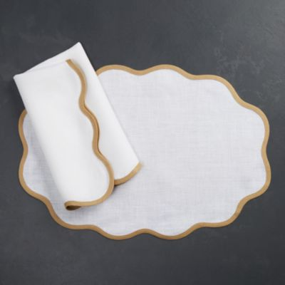 Scalloped Placemat, Set of 4