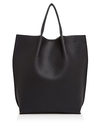 Street Level - Claire North/South Tote