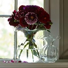 VIETRI - Hibiscus Small Fluted Vase