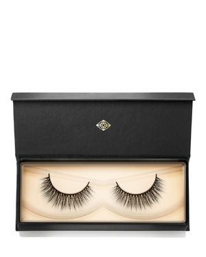 LASH STAR BEAUTY Visionary Lashes 002 in Black
