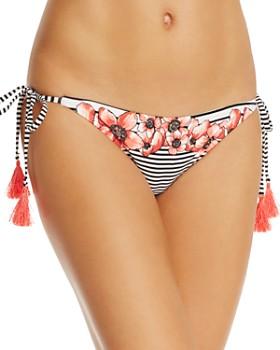 VINCE CAMUTO - String Bikini Bottom